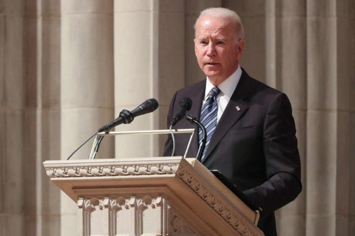 Trump nói người Công giáo 'Rất tức giận' với Joe Biden về dự luật phá thai