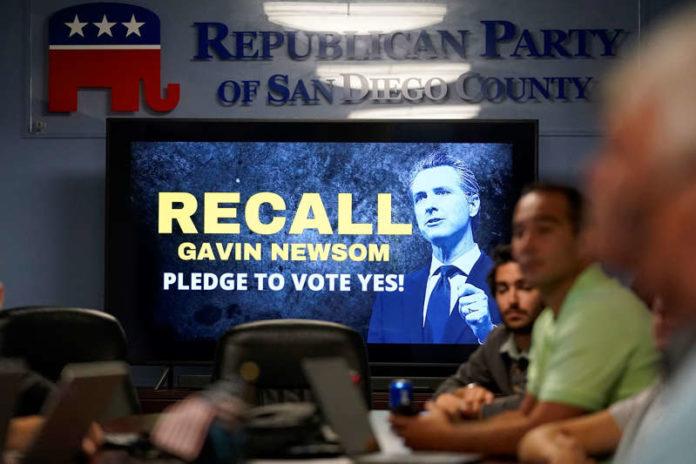 Cộng hoà thúc đẩy gian lận bầu cử bãi nhiệm vô căn cứ –  Con dao hai lưỡi